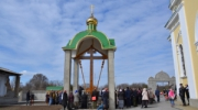 Митрополит освятил Поклонный крест на месте разрушенной Свято-Николаевской церкви