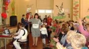 Сьогодні свято в нашій рідній школі, сюди прийшли її випускники!