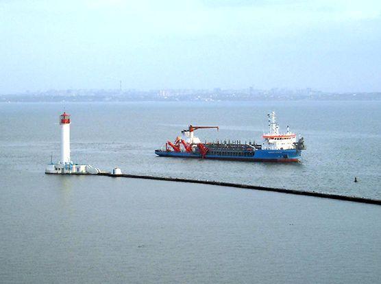 Новый филиал АМПУ займется дноуглублением в портах и на внутренних водных путях