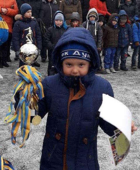 """На """"Кубке Бессарабии"""" пусть стужа и мороз - у юных футболистов всё круто и всерьёз!"""