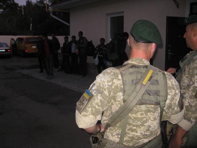 Пограничники Измаильского отряда задержали 15 иностранцев из стран Азии
