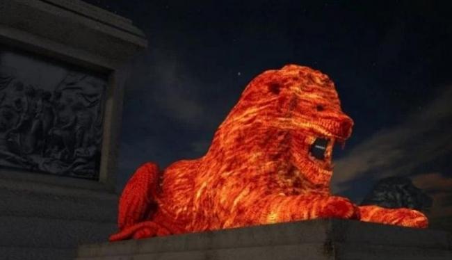 В центре Лондона появился красный лев, который сочиняет и читает стихи