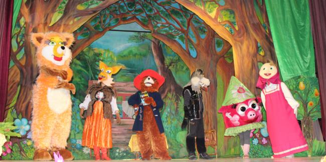 Сказка про Паддингтона - премьера спектакля Измаильского театра ростовых кукол