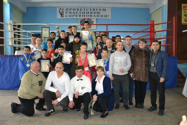 Турнир по боксу памяти Суворова – немногочисленный, но суровый…