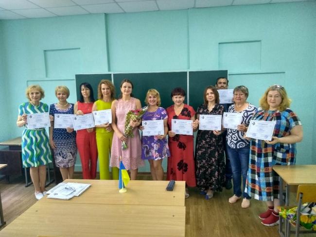 Первый выпуск курсов украинского языка в Измаиле