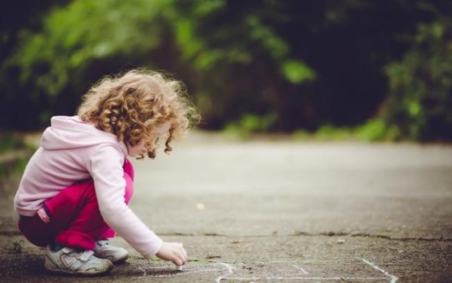 """""""Комендантский час"""": родителей будут штрафовать за нахождение детей на улице без сопровождения взрослых в вечернее время"""