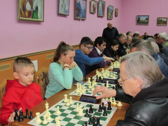 Болгарский турнир собирает друзей!