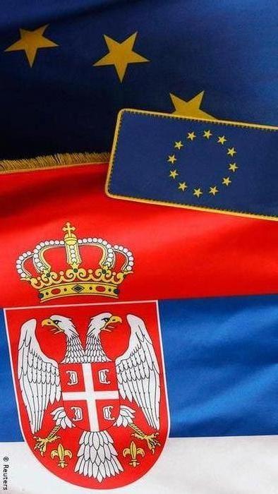 Всего треть населения Сербии поддерживает вступление их страны в ЕС