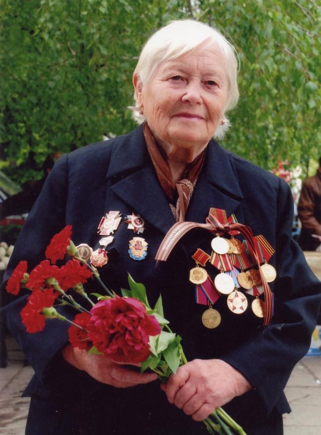 Военный медик Валентина Логвинова