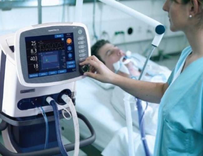 В Украине к аппаратам искусственной вентиляции легких подключены 38 больных COVID-19