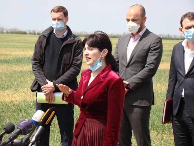 В Ренийском районе состоялось выездное совещание руководства Одесской области: искали пути преодоления последствий жестокой засухи