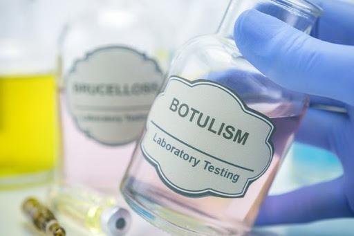 Супруги из Подольска заболели ботулизмом