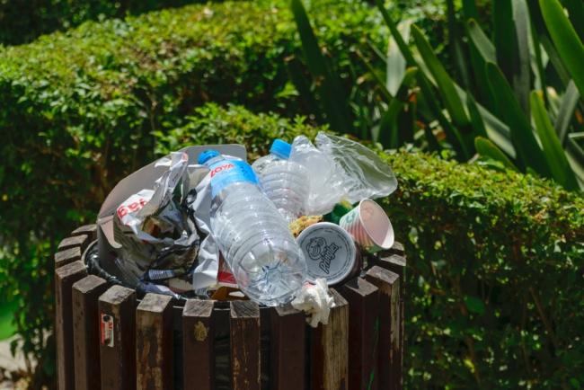 В Испании обложили налогом любую пластиковую упаковку