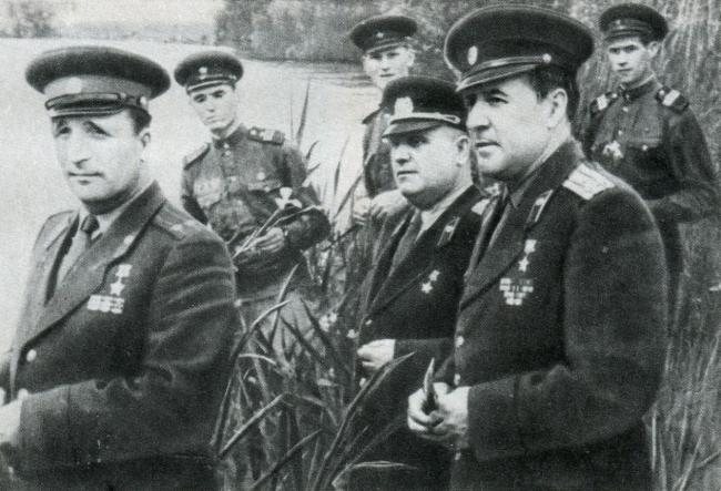 Герои первых боёв на границе