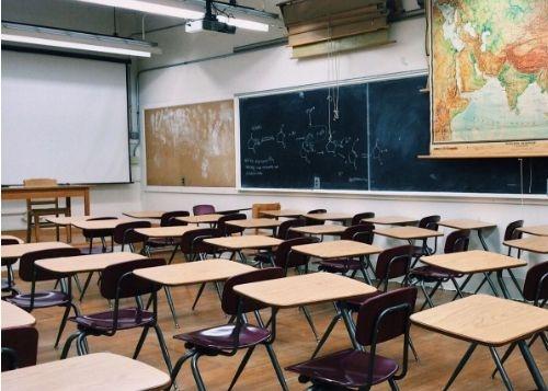 Степанов рассказал о протоколе действий в случае вспышки коронавируса в школах