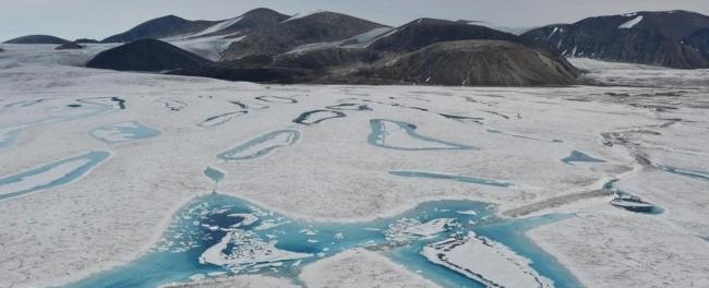 В Канаде разрушился последний неповрежденный шельфовый ледник