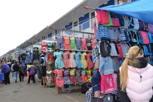 """В Одессе произошли стычки на рынке """"7-й километр"""" между СБУ и представителями турецкой общины"""