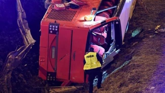 Автобус упал с моста: 6 украинцев погибли и 34 пострадали в аварии в Польше