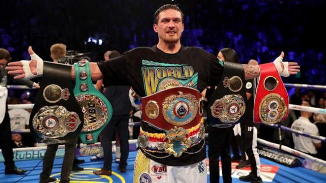 Усик поднялся на первое место в рейтинге WBA