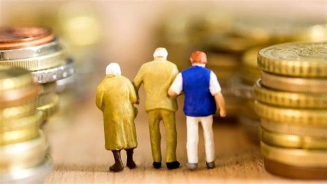 В Пенсионном фонде уточнили, что теперь входит в страховой стаж, и как можно его увеличить