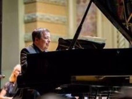 Одесский пианист Алексей Ботвинов записал пластинку на известном немецком лейбле Deutsche Grammophon