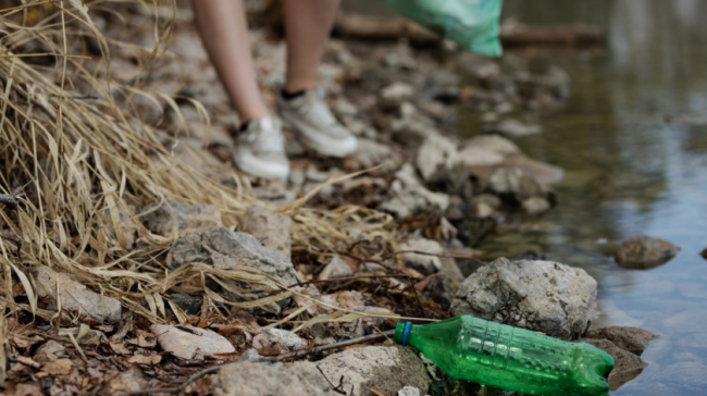 Опасный пластик: какие страны больше всего засоряют планетy