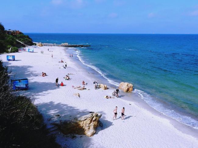 Морская вода на одесских пляжах стала временно непригодной для купания