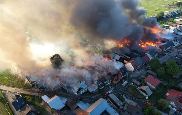 В Польше - масштабный пожар