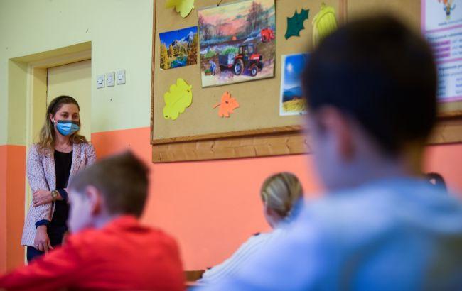 В школу в масках: о каких правилах необходимо знать ученикам и учителям