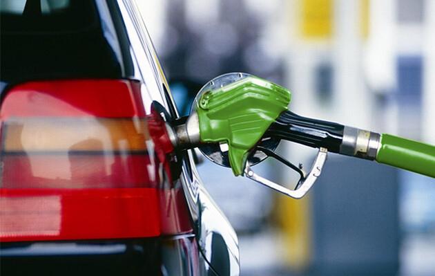 Украинские АЗС изменили цены на бензин и дизельное топливо